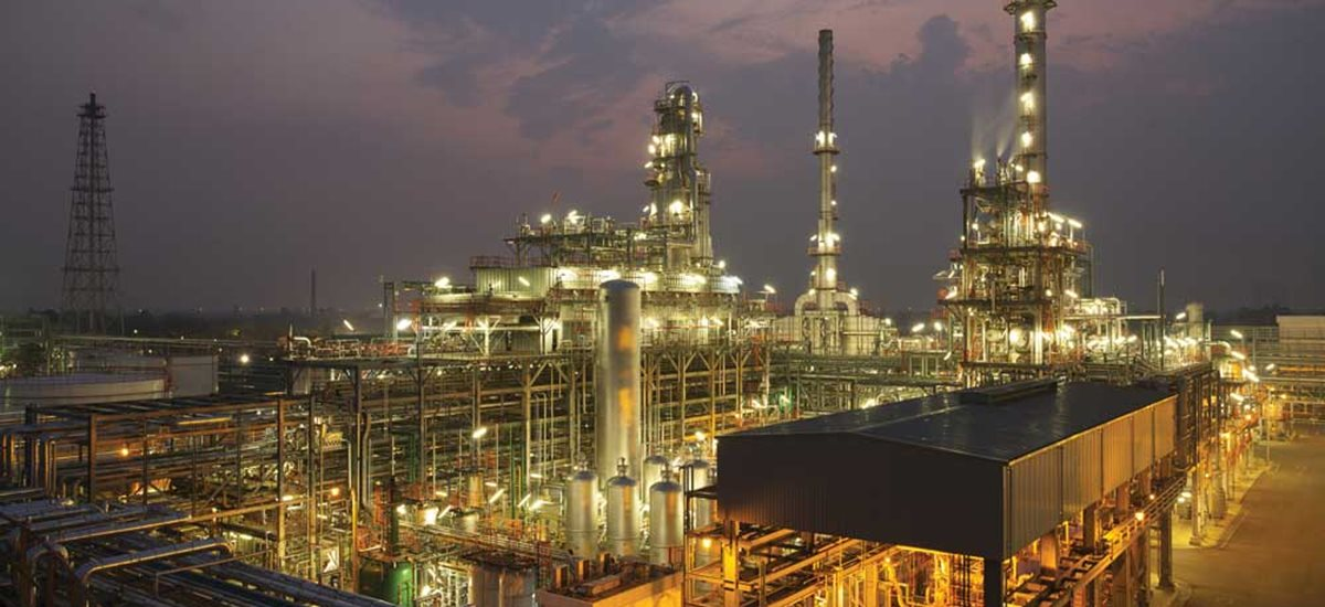 Polymerization plant during night time